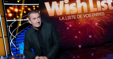 "Christophe Dechavanne : TF1 dépogramme le jeu ""Wish List"""