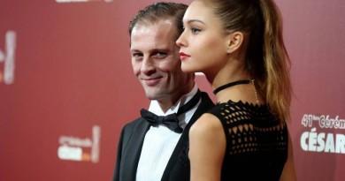 Nicolas Duvauchelle heureux avec ses filles