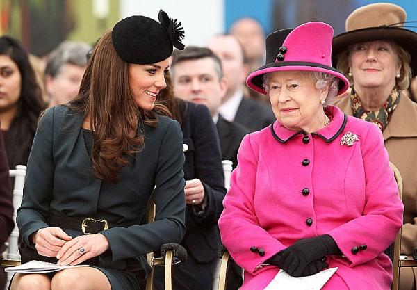 Kate Middleton reconnaissante par l'énergie d'Elizabeth II