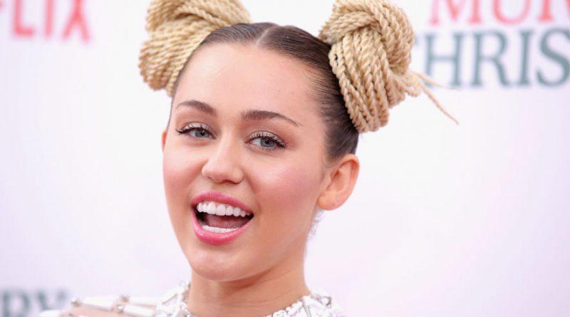 Miley Cyrus : Son nouveau tatouage divise la toile
